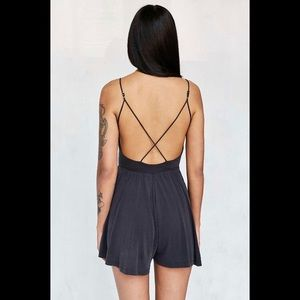 silence + noise Other - UO Silence & Noise Vanessa Cupro Romper
